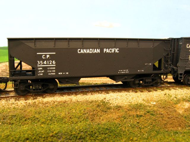 YRM CPR 2 bay Hopper Car CLICK to enlarge
